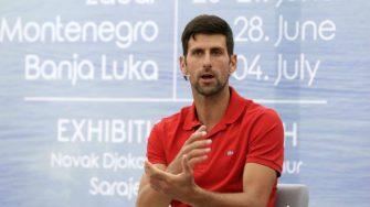 Djokovic se realiza el test de COVID-19 y espera el resultado