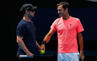 Luthi: En agosto Federer volverá a entrenarse en pista