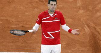 """Djokovic tras el nuevo pelotazo a juez de línea: """"¡Dios mío, fue un déjà vu muy incomodo"""""""