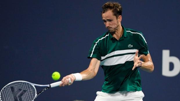 Medvedev da positivo en Montecarlo y es baja en el torneo